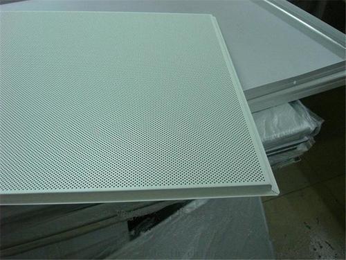 铝扣板叠级吊顶-铝扣板吊顶为什么装不平