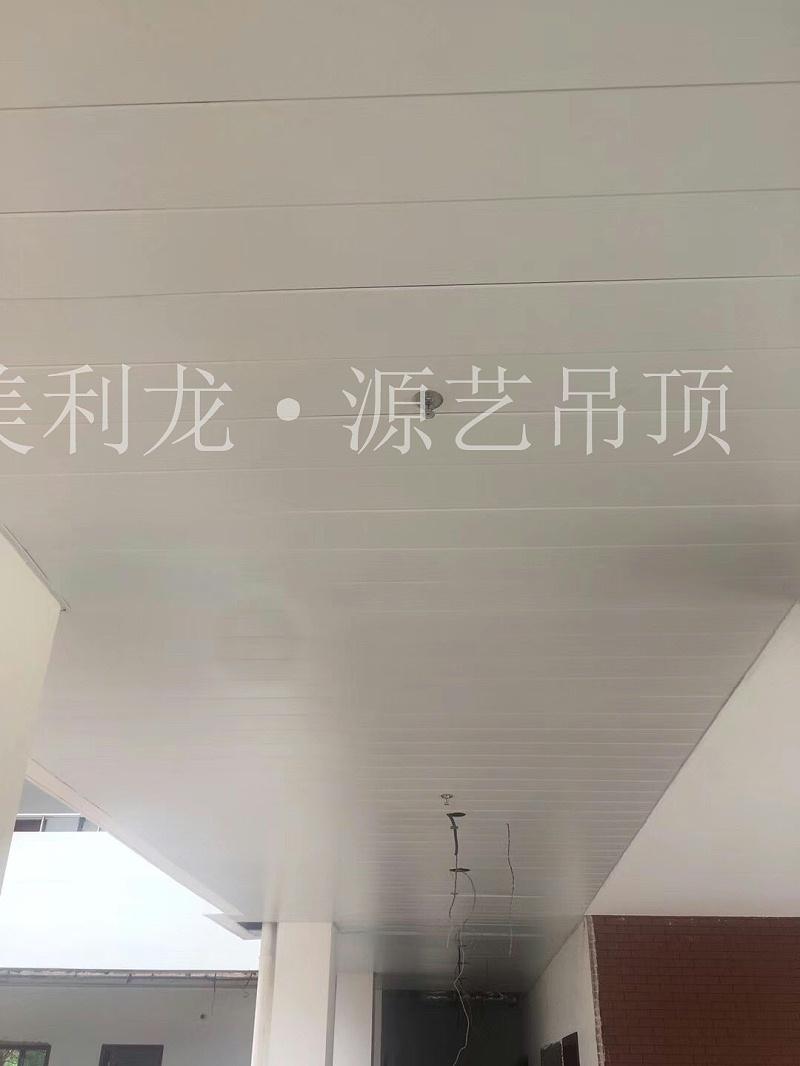 医院吊顶工程案例-医院2.3.5楼及ICU吊顶装饰
