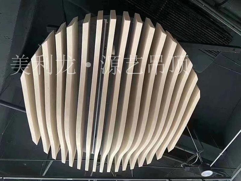 圆形铝方通吊顶安装?看看木纹铝方通厂家怎么说