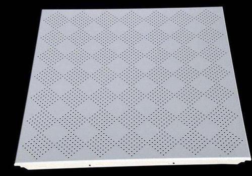 铝扣板价格一览表-广西贵港天花铝扣板厂家问餐厅用什么天花好看
