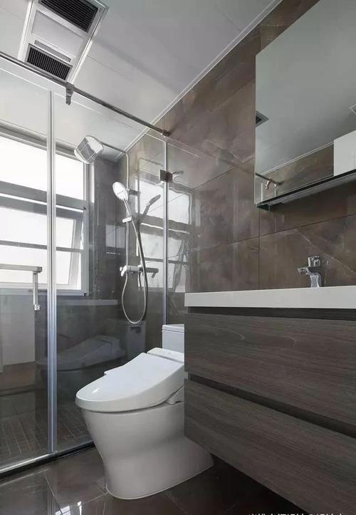 卫生间吊顶分铝扣板和-卫生间铝扣板吊顶怎么样呢