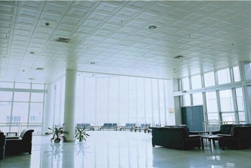 铝扣板吊工程-跟着室内铝扣板厂家一起看看吧