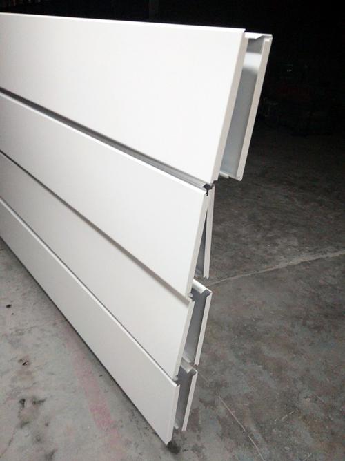 铝合金扣板多少钱一平方米-厨房铝扣板吊顶厂家讲讲铝扣板包工包料一平方多少钱