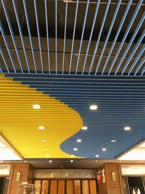 彩色铝扣板吊顶-卫生间铝扣板吊顶厂家教你