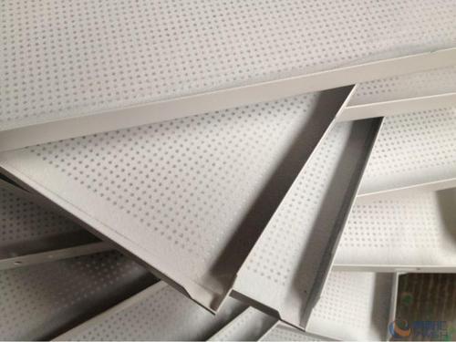 铝扣板吊顶批发报价-铝扣板批发厂家看看铝扣板吊顶多少钱一平方