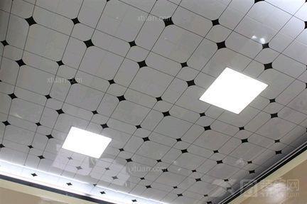 厨卫吊顶的铝扣板要怎么样好-厨卫吊顶铝扣板厂家为你解答厨卫吊顶用什么好