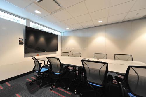 办公室铝扣板效果图-教室铝扣板吊顶