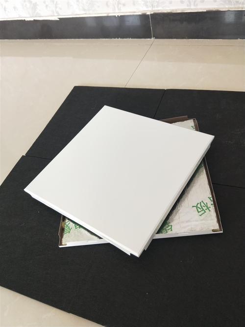 沈阳铝扣板价格-揭阳铝扣板厂家讲包工包料铝扣板吊顶一平米价格