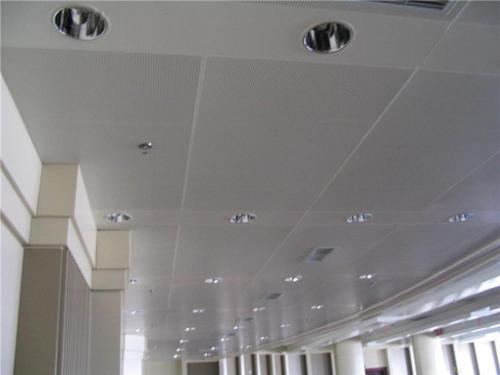 铝扣板生产材料-看看铝扣板生产厂家怎么说