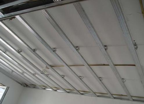 沈阳铝扣板厂家电话-走廊通道铝扣板吊顶厂家安装小秘籍