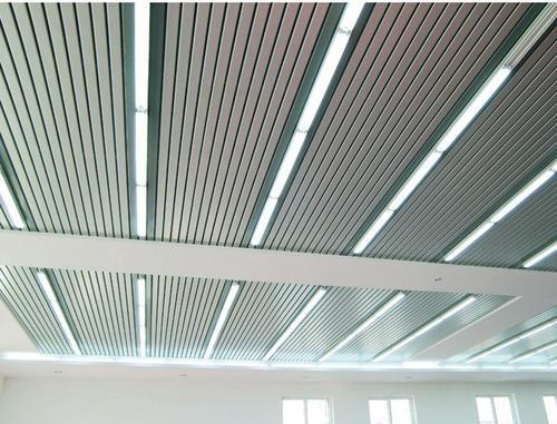 铝扣板生产材料-阳台吊顶用生态木还是铝扣板吊顶