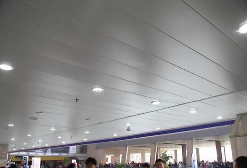 集成吊顶板品牌-如何更换铝扣板集成吊顶灯