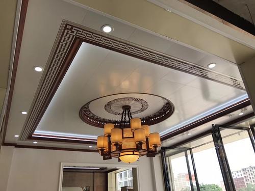 铝扣板吊顶圆顶-简欧式吊顶的特性