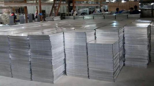 生产铝扣板的工厂-铝扣板工厂哪家好