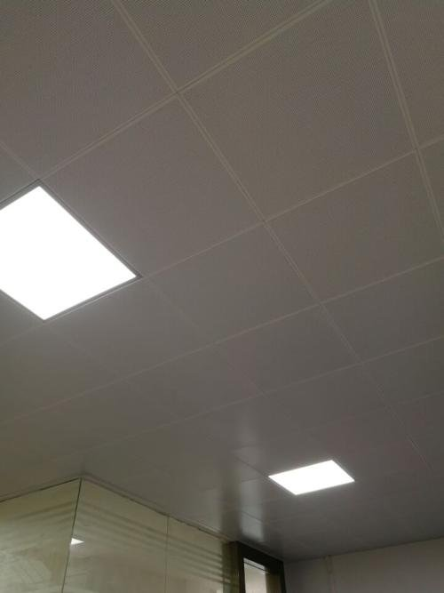 宜宾集成吊顶生产厂家-铝扣板厂家生产厂家详解幼儿园用铝扣板吊顶安全吗