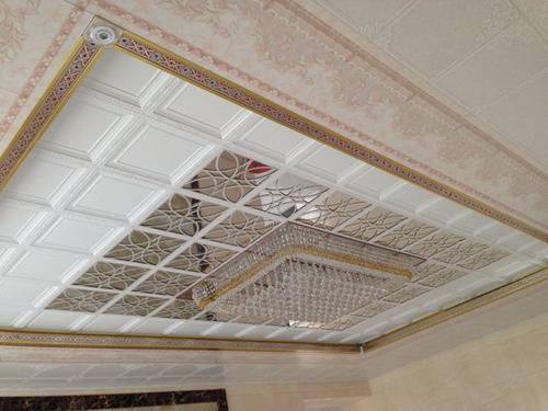 客厅集成吊顶线路-客厅铝蜂窝板吊顶实景图