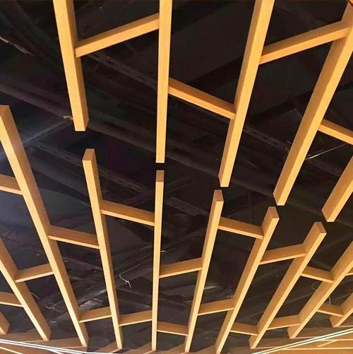最新室内墙面铝扣板图片-工程铝扣板生产厂家教你五步安装铝格栅天花