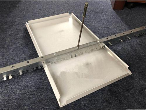 集成吊顶收口方法-厨房集成吊顶与卫生间铝扣板吊顶的安装要点