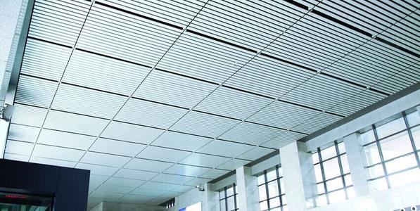 铝扣板吊顶大板好还是小板好-吊顶蜂窝板好还是铝扣板好