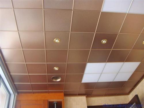 吊顶扣板材料有哪些?铝扣板生产厂家告诉你几种-佛山美利龙