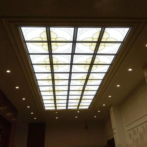 客厅天花纹铝扣板-客厅铝扣板天花图片-客厅天花造型铝扣板