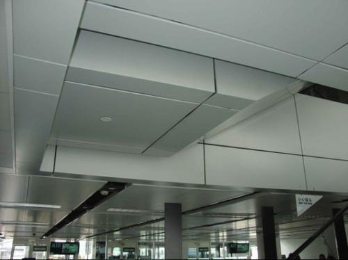 走廊过道铝扣板吊顶怎么样?室内铝扣板厂家给你掰扯掰扯-佛山美利龙