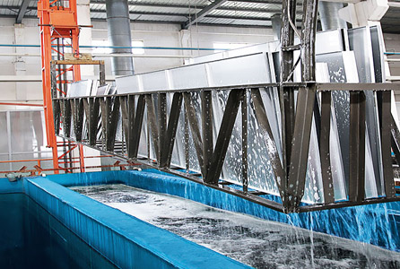 佛山铝天花厂家讲加油站专用防风铝扣板有什么特点?