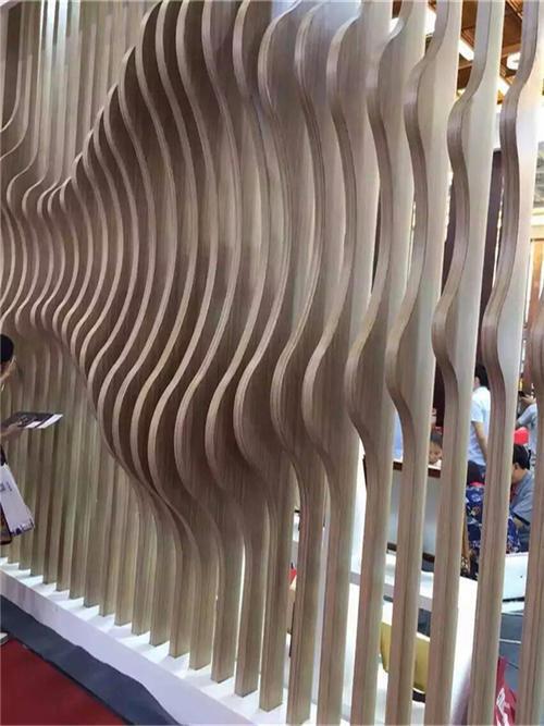 弧形外墙铝方通